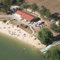 Lac d'Aignan dans le Gers 32, accrobranche et baignade