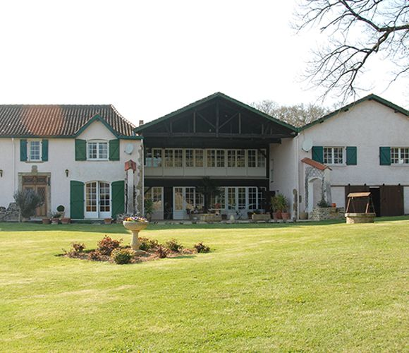Hébergement domaine de Ste Barthe à Aignan 32